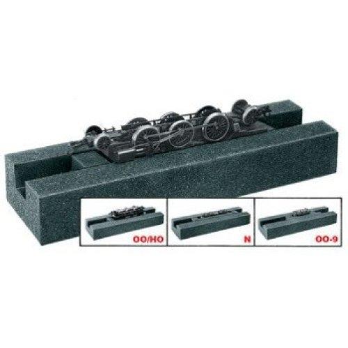 Loco Servicing Cradle (loco maintenance) N/OO-9/OO/HO – Peco PL-70 – free post