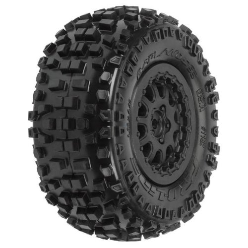 Pro-Line Racing PRO118215 Badlands SC M2 Tires Mounted on Protrac Suspension Kit - 2.2 & 3 in.