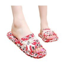 Small Daisy Pattern Style Womens Slippers/Sofy Slippers/Red