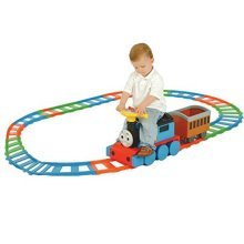 Thomas & Friends Battery Operated Train & 22 piece Track Set