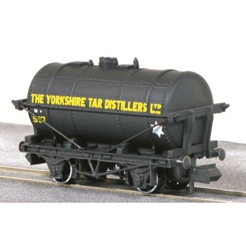Yorkshire tar wagon - N gauge wagon Peco NR-P180 free post