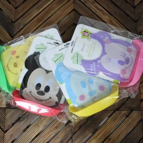 Waterproof Silicone Baby Bib With Removable Food Catcher